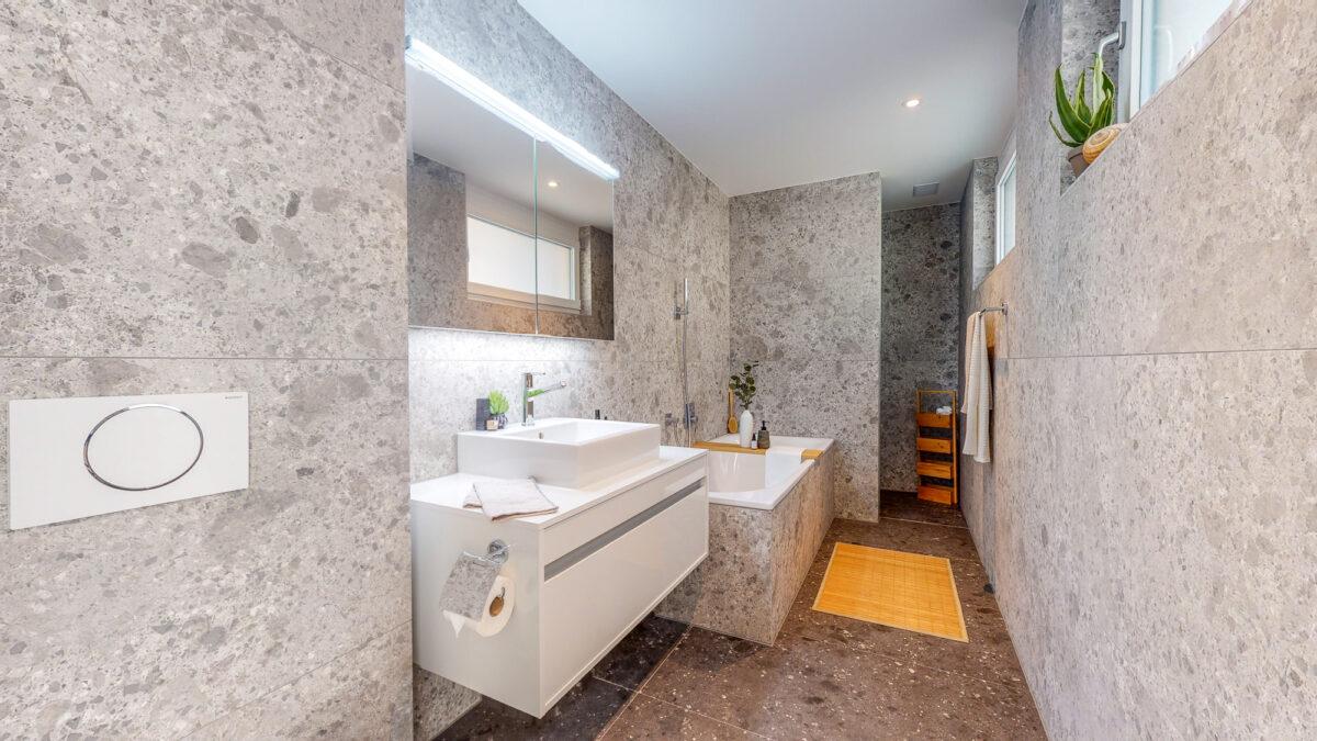55-Zimmer-Einfamilienhaus-in-Konolfingen-Badezimmer